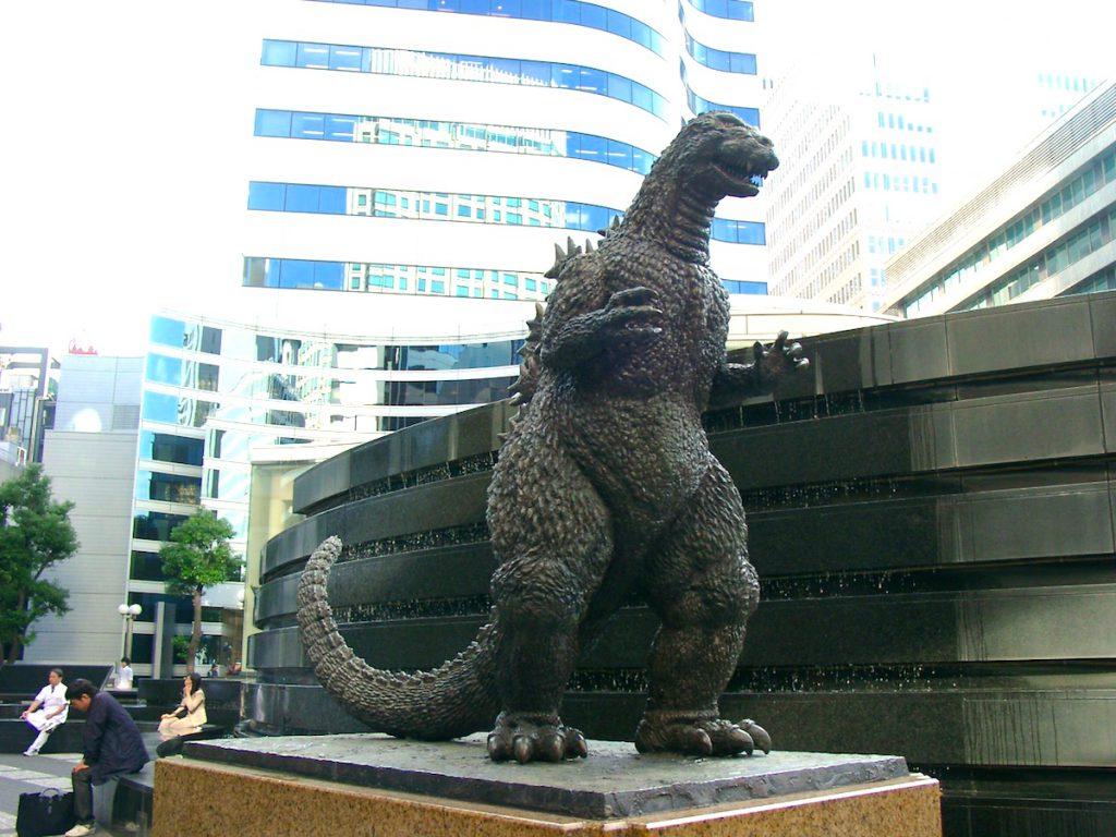 ゴジラ像(日比谷シャンテ・合歓の広場)