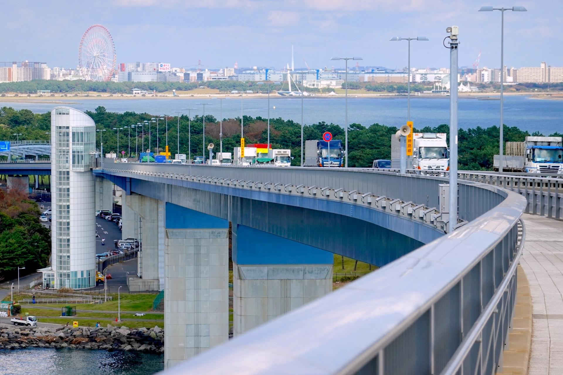 若洲昇降タワー・東京ゲートブリッジ歩道